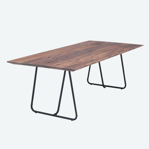 Tisch U Kufe - Nussbaum